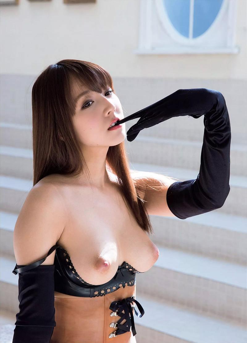 三上悠亜のマンコ・グラビア・ヌード・おっぱい・お尻画像 10枚目