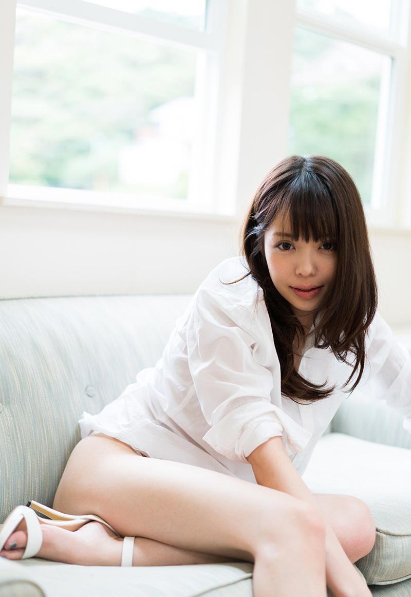 凰かなめのマンコ・グラビア・ヌード・おっぱい・お尻画像 2枚目