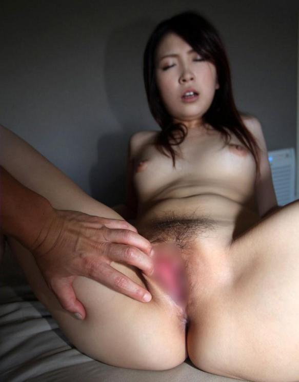 人妻・熟女のマンコ・ヌード・お尻の画像 11枚目