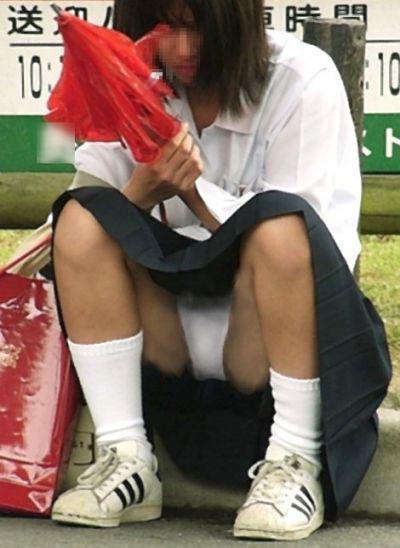 JK・女子高生のパンチラ画像 3枚目