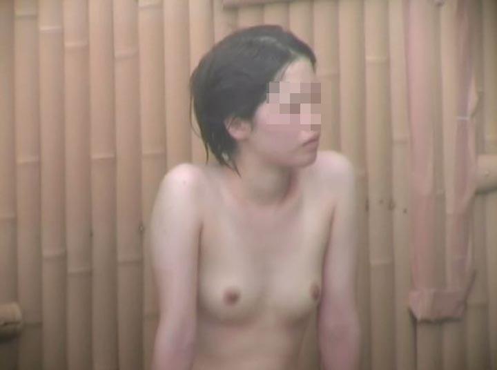 素人のお風呂・温泉・露天風呂画像 10枚目