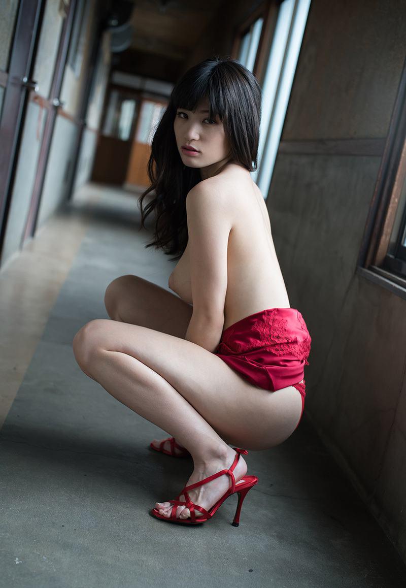 高橋しょう子のグラビア・ヌード・おっぱい・お尻・マンコ画像 2枚目